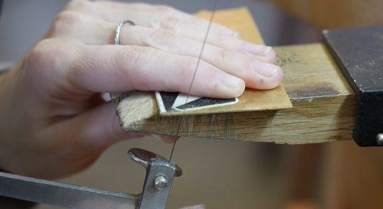 Moins casser ses lames de scie en bijouterie